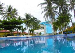Tropiclub Playa El Cuco - El Cuco - Pool