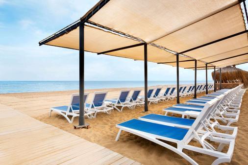 Ramada Resort by Wyndham Side - Side (Antalya) - Ranta