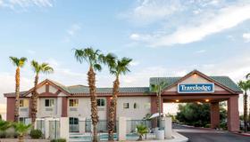 Travelodge by Wyndham Phoenix - Phoenix - Gebäude