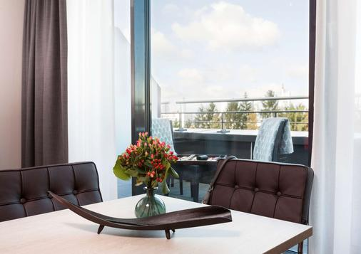 Living Hotel Frankfurt By Derag - Frankfurt - Parveke