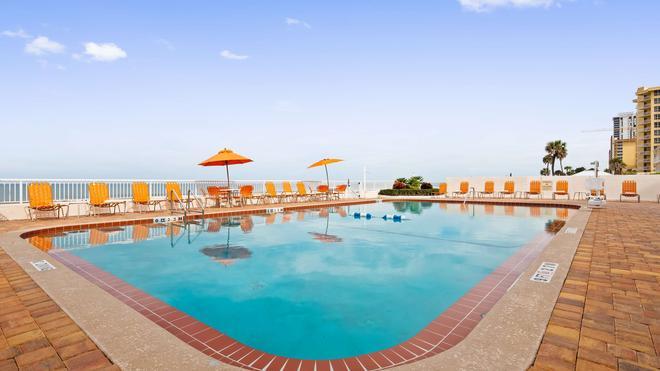 代頓旅館海風海濱貝斯特韋斯特酒店 - 德頓海灘 - 代托納比奇 - 游泳池