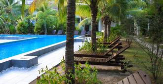White Lodge - Langkawi - Pool