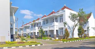 Al Azhar Azhima Hotel Resort and Convention - Surakarta City