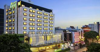 ibis Styles Jakarta Gajah Mada - Jakarta - Bygning