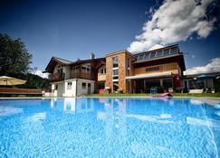 Boutique Lodge - Fieberbrunn - Pool
