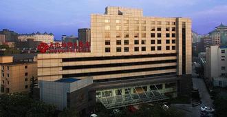 Sunworld Hotel Beijing Wangfujing - Beijing - Building