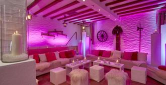 H+ Hotel Nürnberg - Nuremberg - Lounge