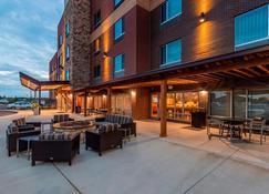 TownePlace Suites by Marriott Lexington Keeneland/Airport - Лексингтон - Патио