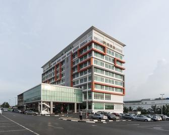 Promenade Hotel Bintulu - Bintulu - Gebäude