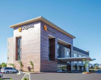La Quinta Inn & Suites by Wyndham Morgan Hill-San Jose South - Morgan Hill - Building