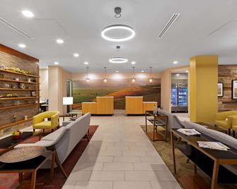 La Quinta Inn & Suites by Wyndham Morgan Hill-San Jose South - Morgan Hill - Budova