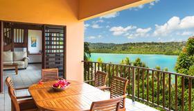 Poppys On The Lagoon - Port Vila - Balcony