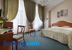 莫札特 EA 酒店 - 卡羅維瓦立 - 卡羅維發利 - 臥室