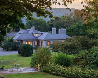 Glen Gordon Manor - Huntly