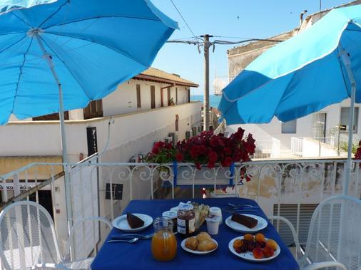 B&B Bianco E Blu - Marina di Ragusa - Balkon