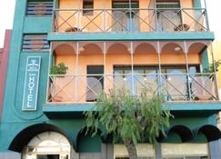 هوتل فالي أريداني - لوس لانوس دي اريدان - مبنى