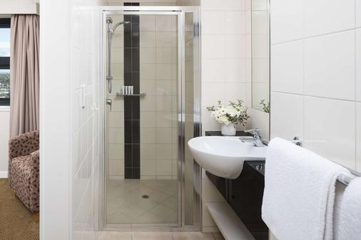 Rydges Mackay Suites - Mackay - Bathroom
