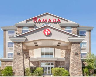 Ramada by Wyndham Brooks - Brooks - Building