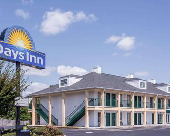 Days Inn by Wyndham Simpsonville - Simpsonville - Building