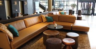 Van Der Valk Hotel Maastricht - Maastricht - Lounge