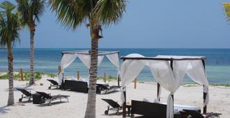 埃斯梅拉達藍灣大酒店 - 卡曼海灘 - 普拉亞卡門 - 海灘