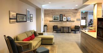 Country Inn & Suites by Radisson, San Jose Airport - סן חוזה - לובי