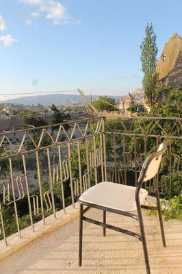 Yasin's Place Backpackers Cave Hostel - Göreme - Balcony