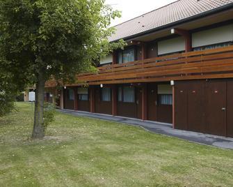 Campanile Lille Sud - Douai Cuincy - Cuincy - Gebäude