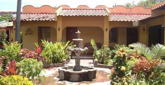 Hotel Mediterráneo Plaza - Salvador - Extérieur