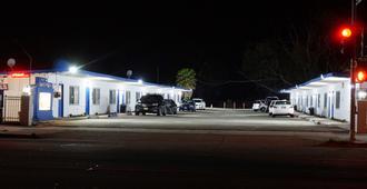 White Caps Motel - נטורה - נוף חיצוני