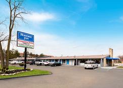 Rodeway Inn Metro Airport - Romulus - Building