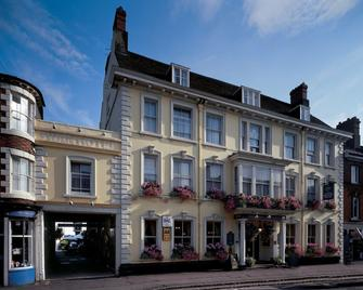 Swan Revived Hotel - Newport Pagnell - Building