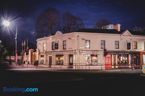 Jbs Bar & Guest Accommodation - Kilkenny - Building