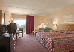 Days Inn by Wyndham Colorado Springs/Garden of the Gods - Colorado Springs - Bedroom