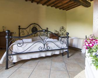 Le Dame del Borgo - Sassetta - Bedroom