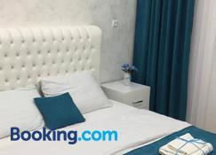 Nikas Guest House - Batumi - Bedroom