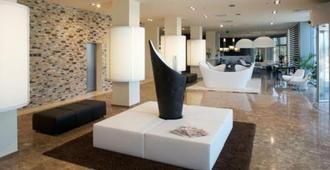 Grand Hotel Mattei - ראבנה - לובי