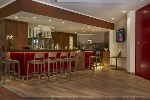 紐倫堡華美達酒店 - 紐倫堡 - 紐倫堡 - 酒吧
