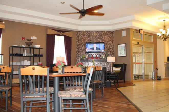 Best Western PLUS Des Moines West Inn & Suites - Clive - Dining room