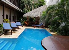 Hotel con Corazón - Granada - Πισίνα