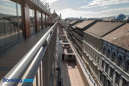 Bliss Hotel & Wellness - Budapest - Balcony