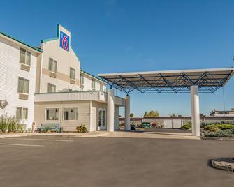 Motel 6 Redmond - Редмонд - Здание
