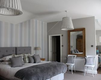 Falcon Manor Hotel - Settle - Bedroom