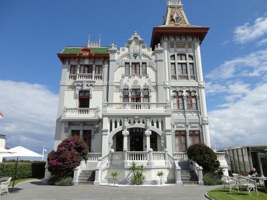 Hotel Villa Rosario - Ribadesella - Κτίριο