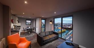 Dream Apartments Quayside - Newcastle upon Tyne - Living room