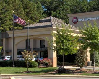 Best Western PLUS Cary Inn - NC State - Cary