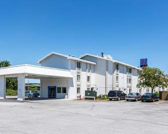 Motel 6 Council Bluffs - Council Bluffs - Edificio