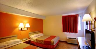 Motel 6 Council Bluffs - Council Bluffs - Phòng ngủ