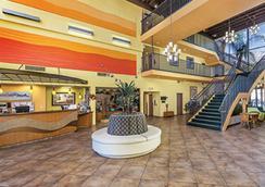 Worldmark Palm Springs - Palm Springs - Lobby