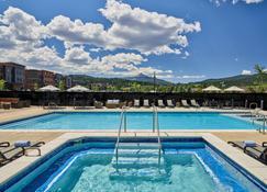 Residence Inn by Marriott Big Sky/The Wilson Hotel - Big Sky - Pool